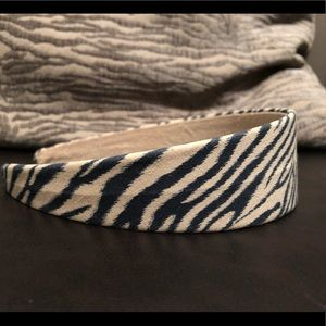 Accessories - Black and beige headband